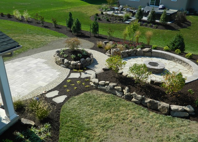 Natural Outdoor Living Space traditional-landscape