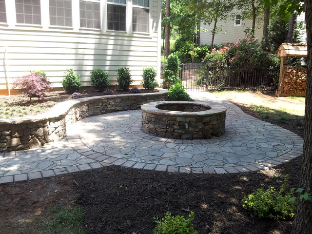 Natural Stone Retaining Wall amp Fire Pit With Belgard Paver