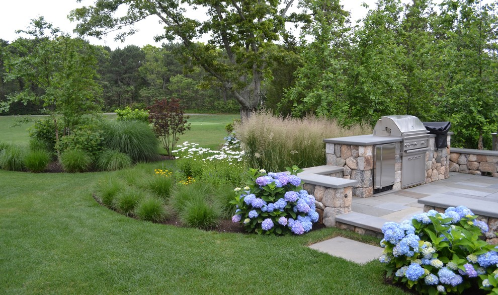Design ideas for a traditional landscaping in Boston.