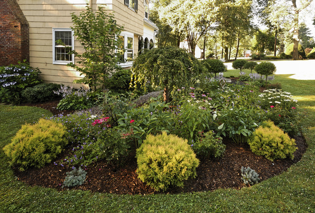 Simple landscape diy landscaping designs oregon trail for Country garden designs landscaping