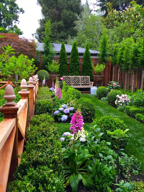 Oasis in palo alto classique chic jardin san for Kingsbury garden designs