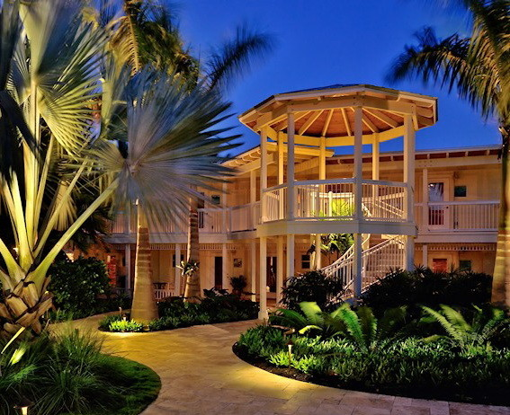 Ocean house resort islamorada florida keys tropical for Hotel landscape design