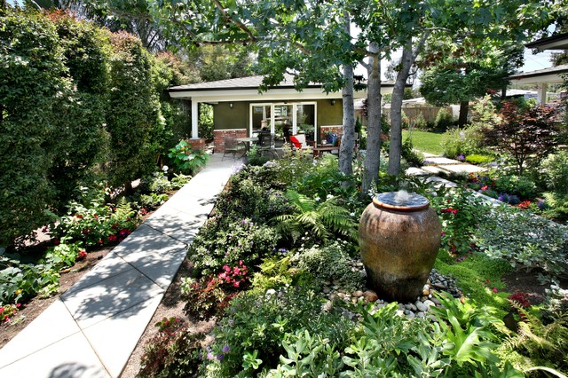 Landscape Boulders Orange County Ca : Orange county california residential landscape design traditional