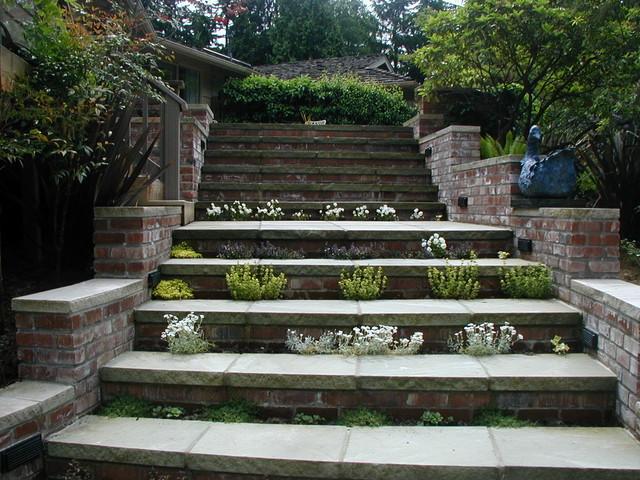 Beautiful Organic Walkway/ Steps Traditional Landscape