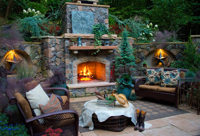 Exceptionnel Inspiration For A Large Rustic Shade Backyard Concrete Paver Landscaping In  DC Metro With A Fire