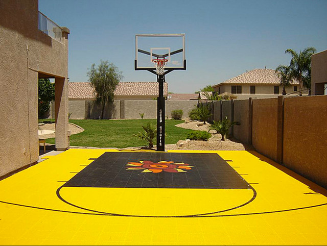 Outdoor game courts for all sports in small backyard space for Small basketball court