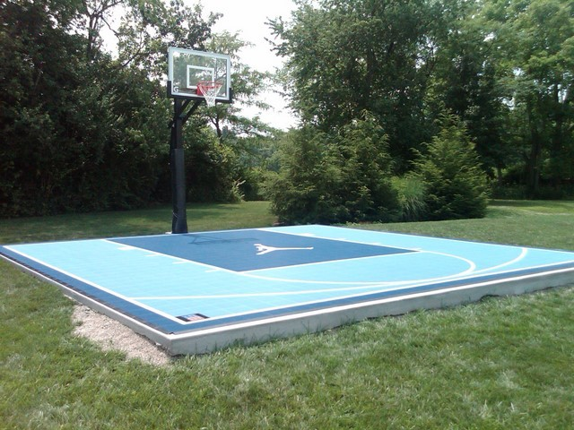 Outdoor half court basketball for Making a basketball court
