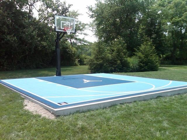 Outdoor Half Court Basketball - Traditional - Garden ...