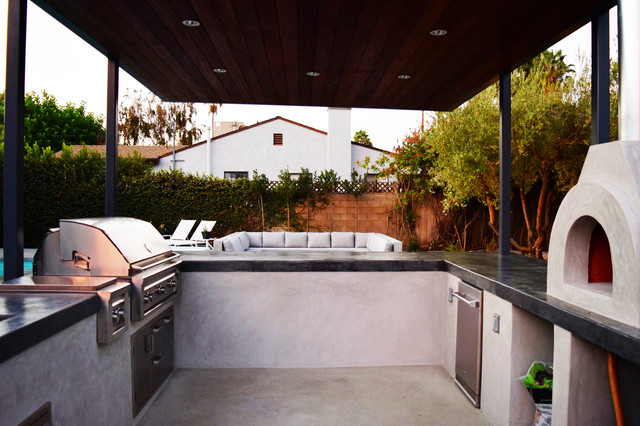 Delightful Outdoor Kitchen, Pizza Oven U0026 Barbecue Modern Landscape