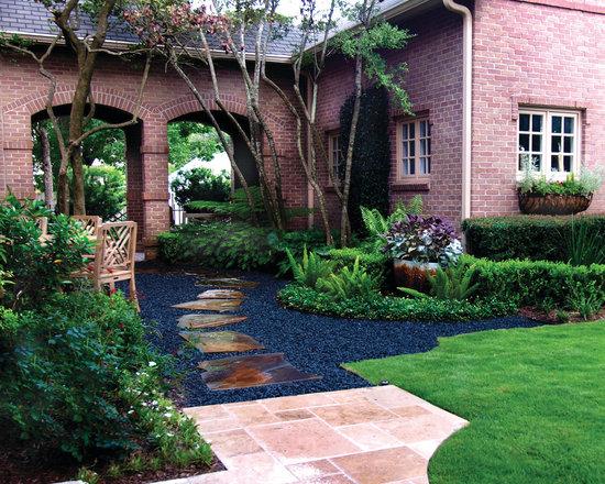 Black star gravel home design ideas pictures remodel and for Black granite landscape rock