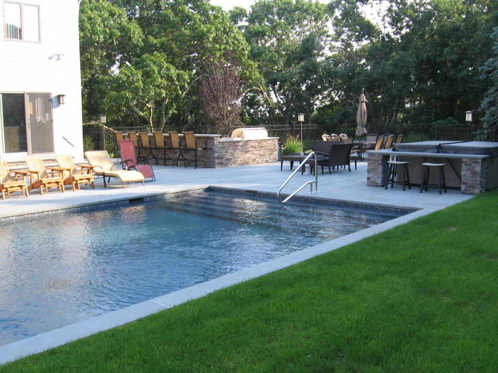 Outdoor Living Entertainment Areas & Outdoor Sport Courts