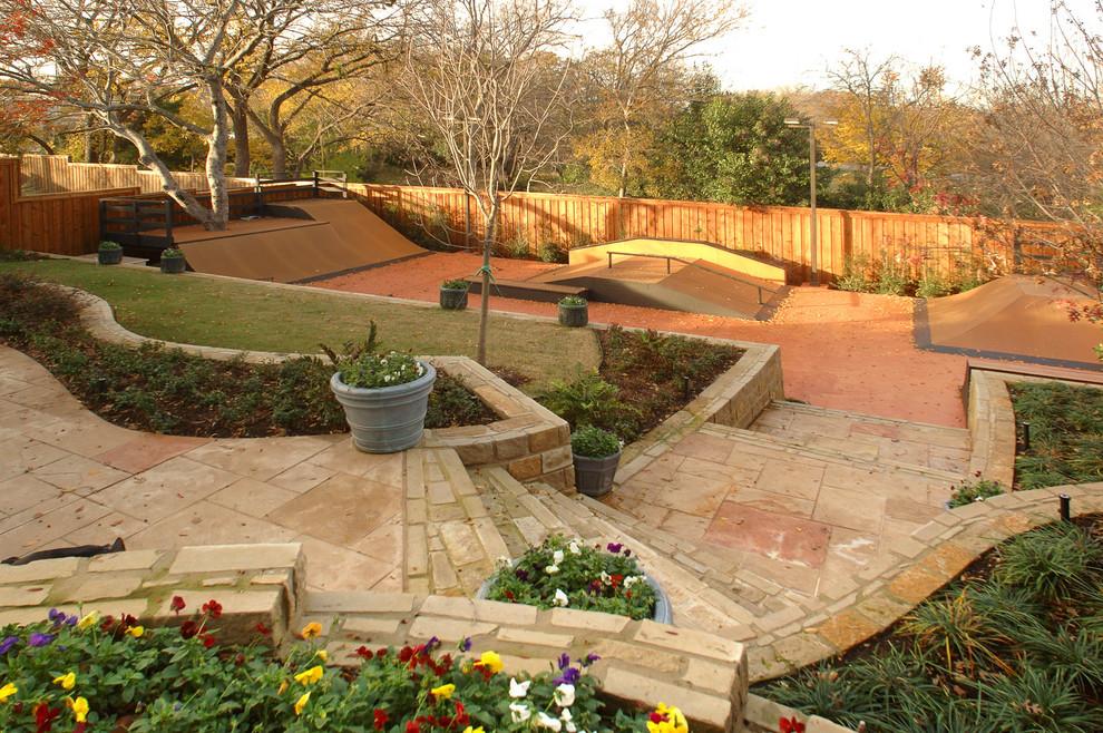 Outdoor Living - Contemporary - Landscape - Dallas - by ...