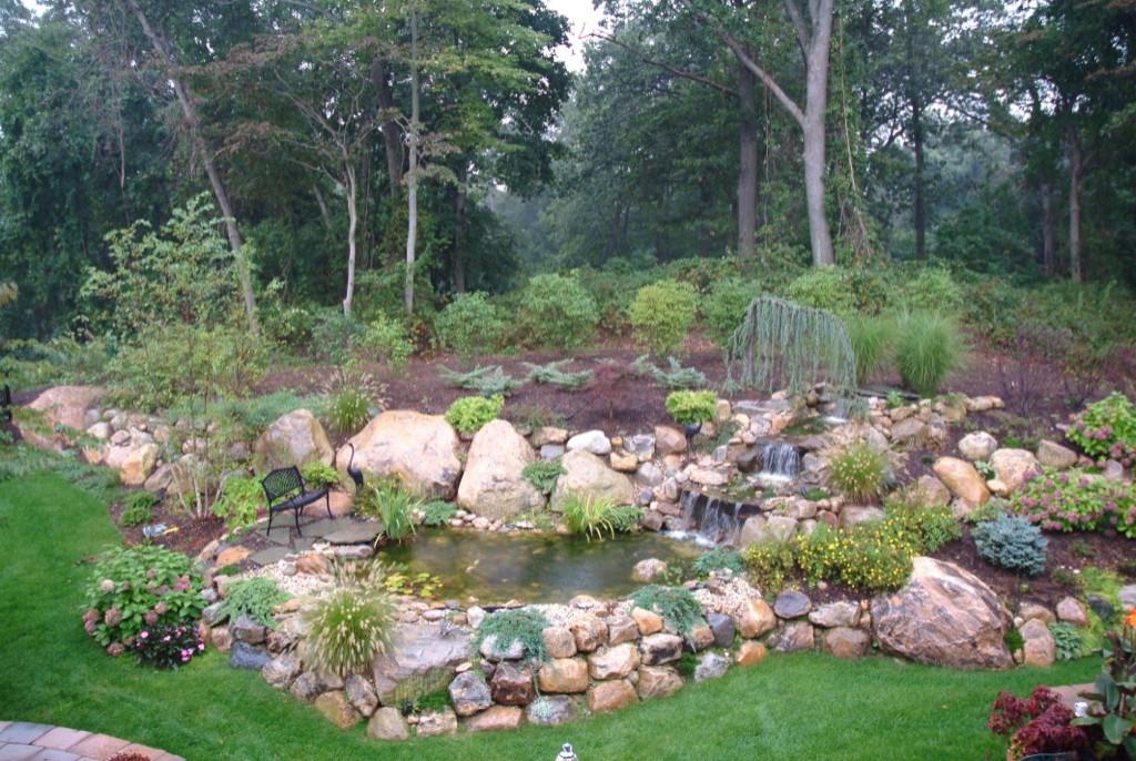 Outdoor Patios, Retaining Walls, Garden Walkways & Porches