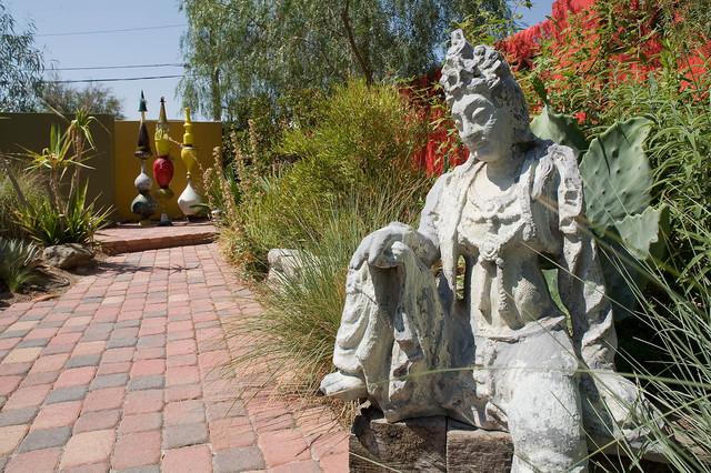 Outdoor sculpture garden eclectic-landscape
