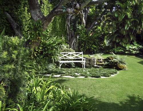 fotos jardins tropicais:Landscape Ideas Using Benches