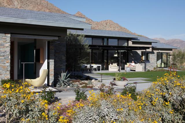 Palm Desert contemporary-landscape