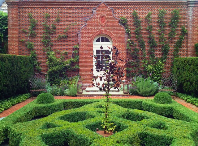 Parterre garden traditional landscape chicago by for Landscape design chicago