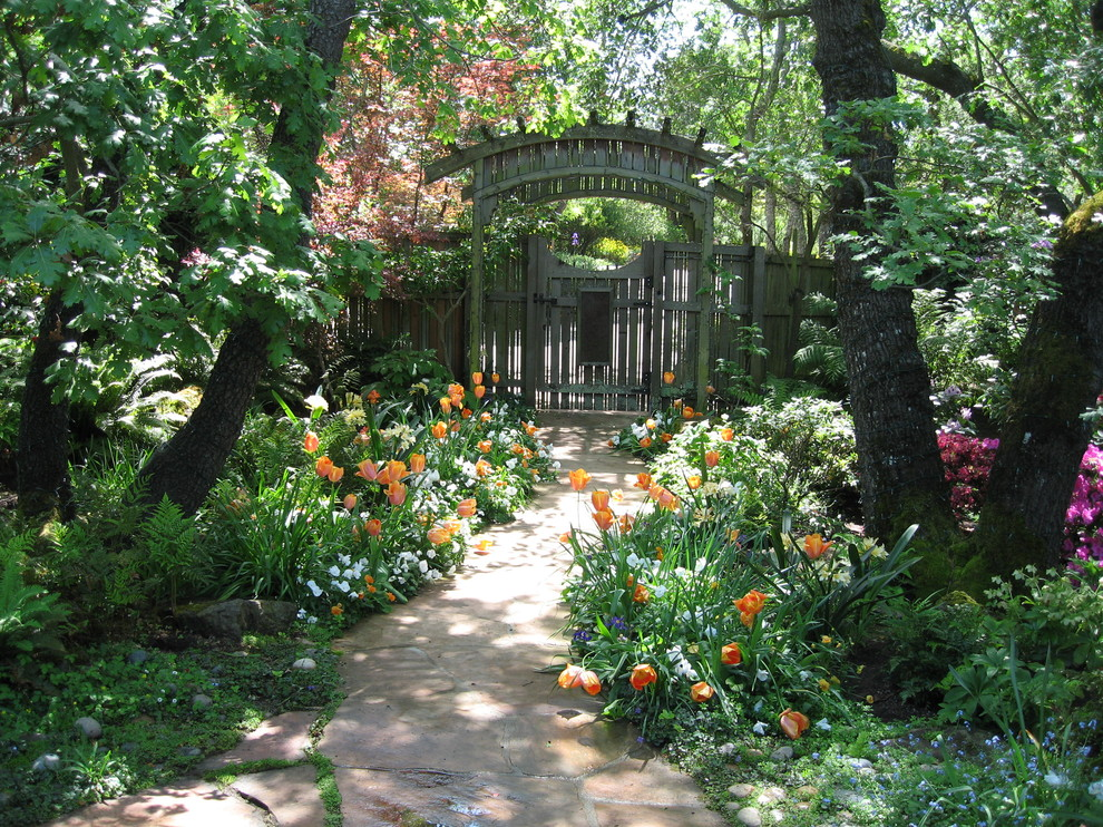 This is an example of a traditional shade landscaping in San Francisco for spring.