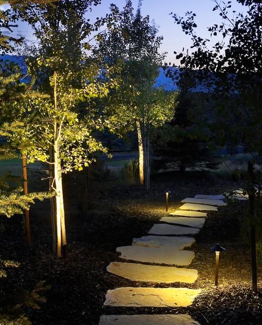 Landscape Lighting Utah: Pathway Lighting