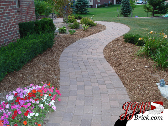Paver Walkway Design Ideas Traditional Garden
