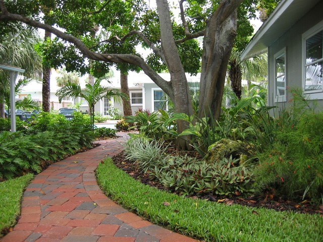paver walkways and paths tropical landscape tampa garden paths and walkways home design