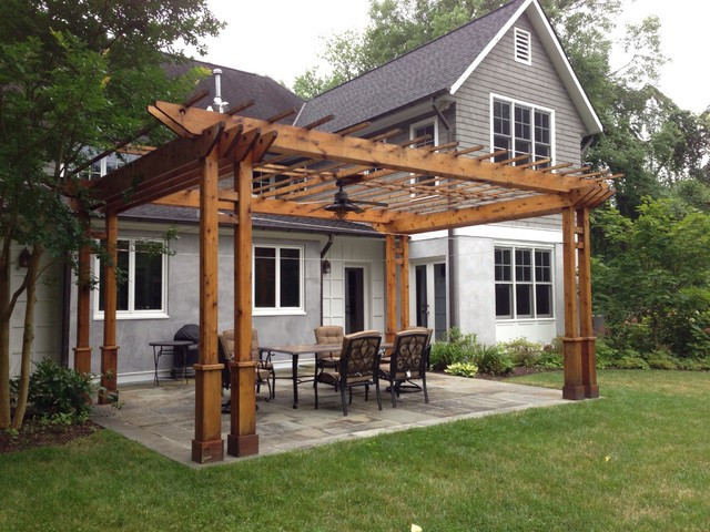 Pergola And Flagstone Patio Traditional Landscape