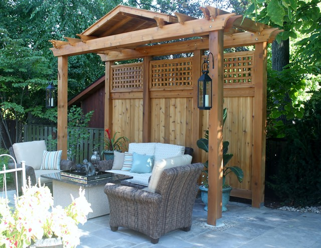 Pergola privacy screen contemporary landscape for Landscaping ideas for privacy screening