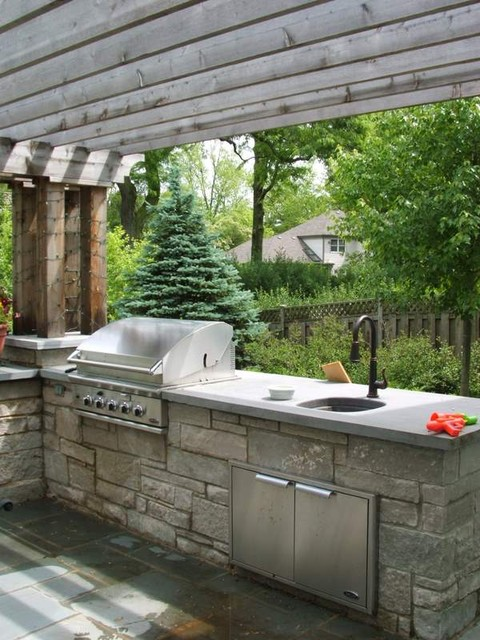 Peter wodarz milieu design traditional landscape for Traditional outdoor kitchen designs