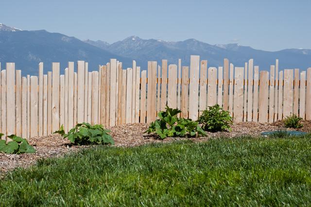 Picket fence - Farmhouse - Landscape