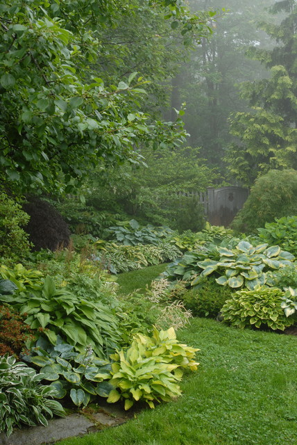 pocket garden traditional landscape portland maine