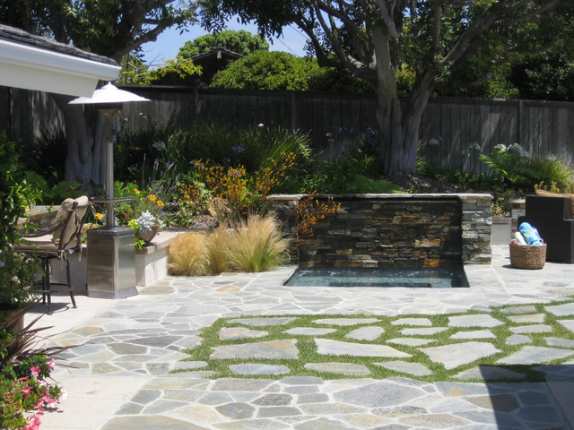 Point Loma Entertainment Yard contemporary-landscape