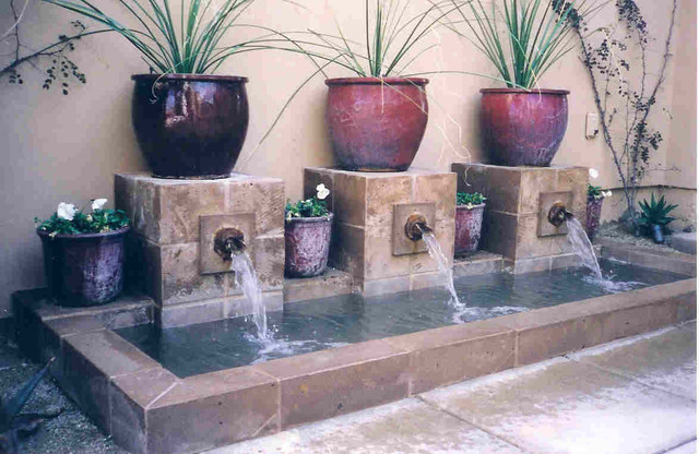 Pools and Waterfeatures traditional landscape