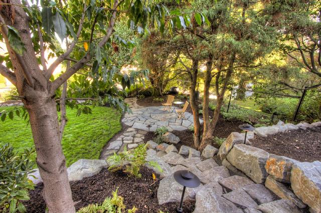 Portland Landscaping Overlook traditional-landscape