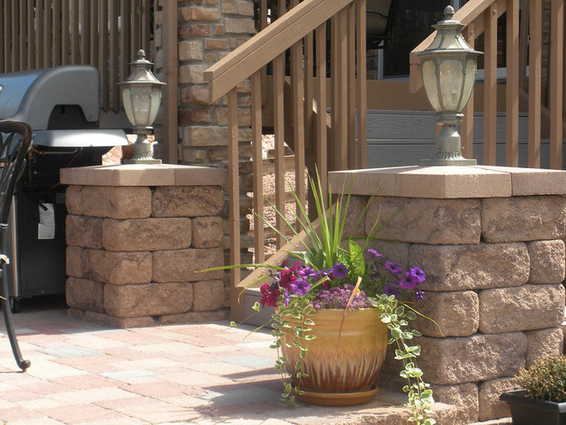 Amazing Posts And Pillars On Patio With Accent Lighting Contemporary Landscape