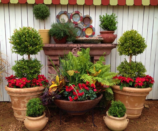 Potted arrangements at our designs by elizabeth storefront for Garden design ideas with pots