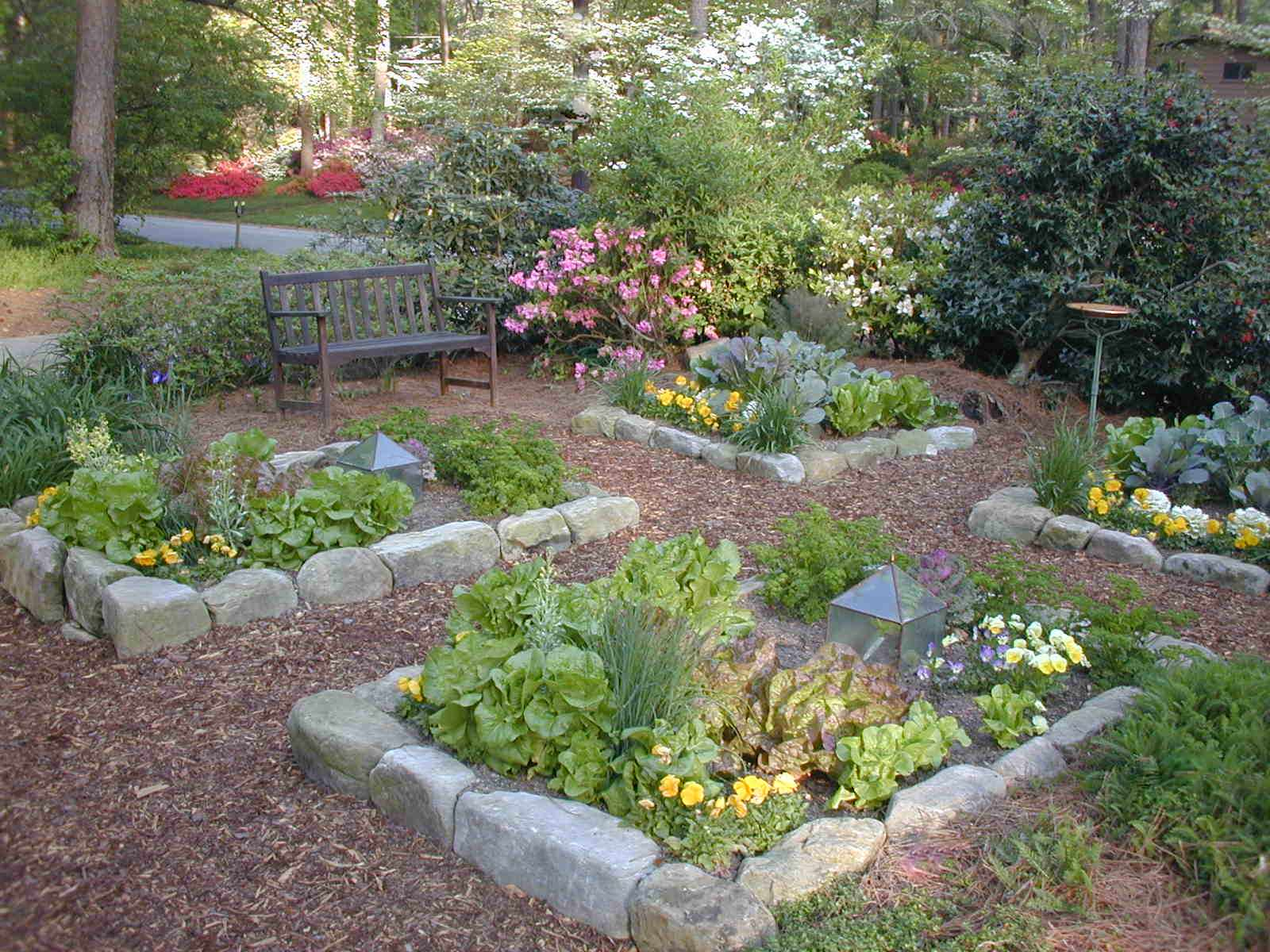75 Beautiful Front Yard Vegetable Garden Landscape Pictures Ideas February 2021 Houzz
