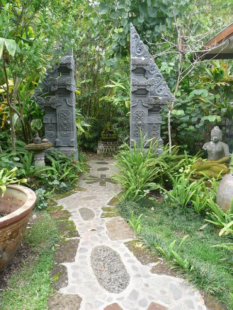 Private home, Holualoa tropical-landscape
