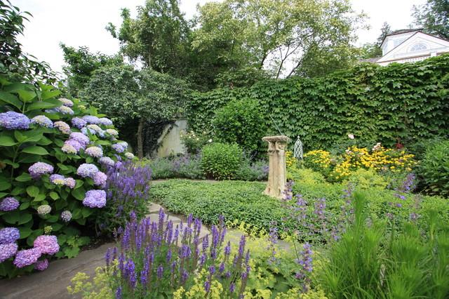 Purple Galore traditional-landscape