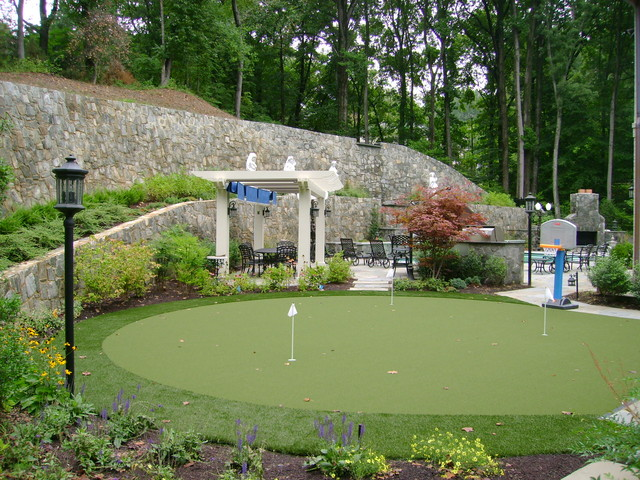 Putting Green traditional landscape