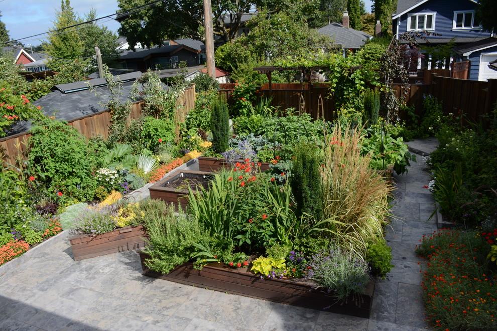 Raised Vegetable Bed / Ornamental Garden 2016 ...