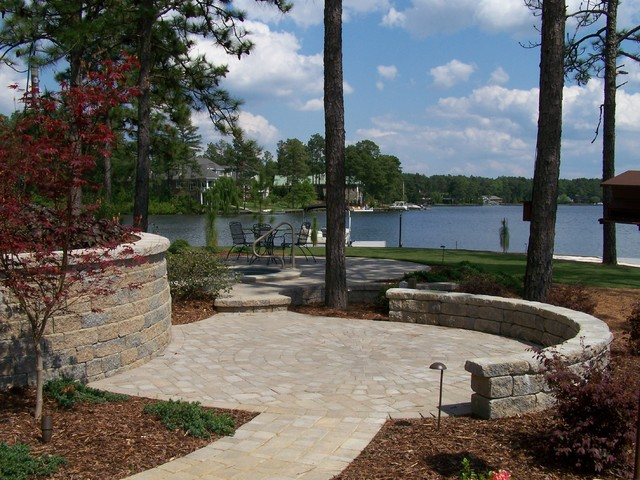 Ramsey Landscape Associates, Inc. traditional-landscape