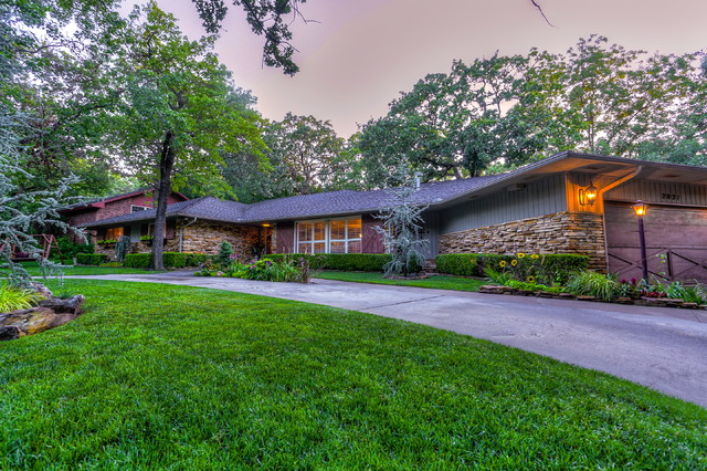 Ranch Style Home Wyatt Poindexter KW Elite Traditional Landscape Oklahoma City By