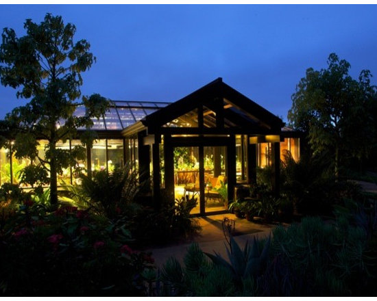 Rancho Santa Fe Garden Room - This beautiful space is home to orchids, tropicals and a permanent seating area.