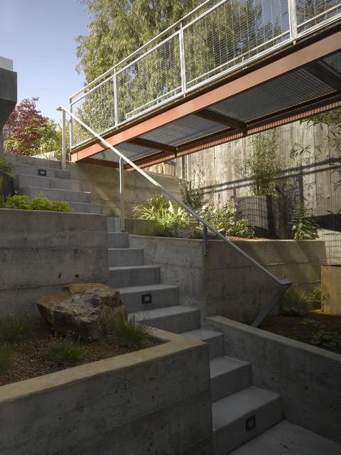 Randall Street Residence modern-landscape