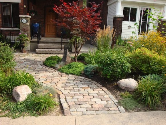Ray johannes landscape design toronto stone pathways for Landscaping rocks you can walk on