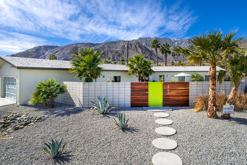 10 Examples Of Stunning Modern Front Yard Design Install