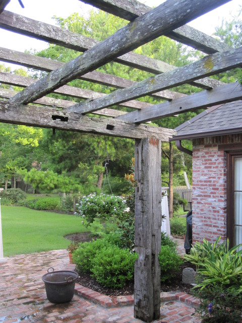 Reclaimed Wood Pergola landscape