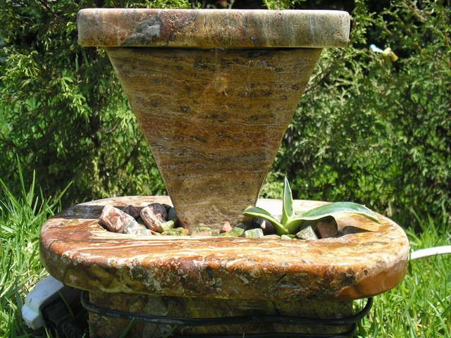 Red Fiorito Table Top Desert Fountain modern-landscape