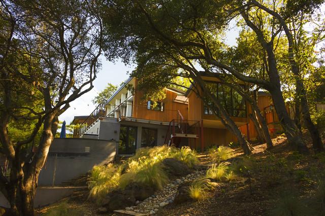 Redwood City Contemporary contemporary-landscape