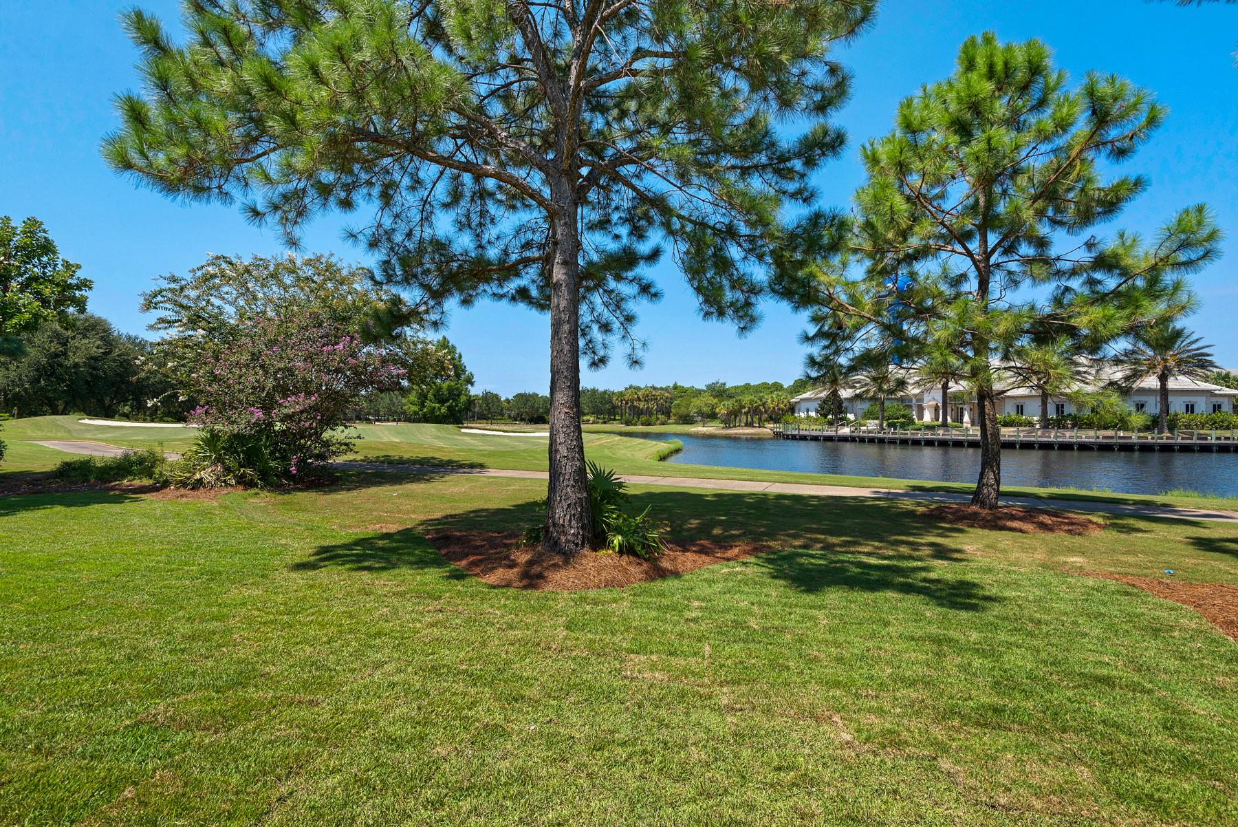 Regatta Bay Golf Course/Lakefront home